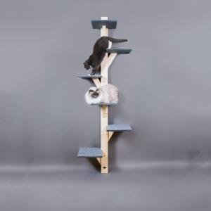2 meter högt lyxigt stabilt klösträd för stora och tunga katter. Tillverkad i trä med hyllplan klädda med grå nålfiltsmatta.