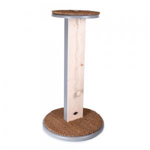 Snygg klöspelare för katt av Miwo Design. Klösbräda i botten och rund sittplatta på toppen. Tillverkad i trä och kokosborst.