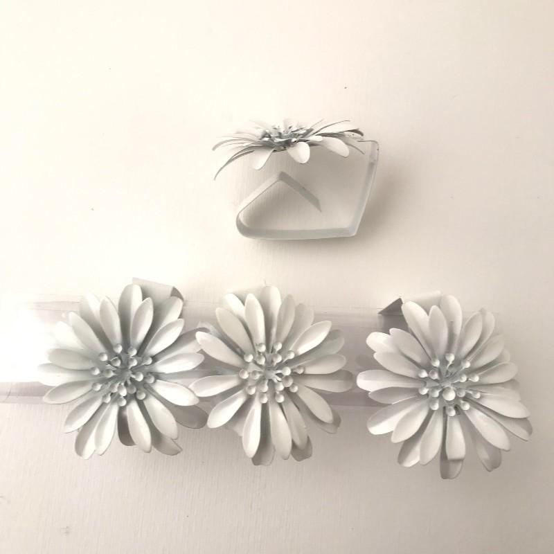 Bordduksklämma 4p blomma vit