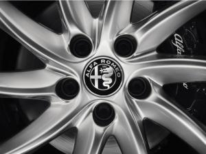 Alfa Romeo centrumkåpor navkapslar till bilen
