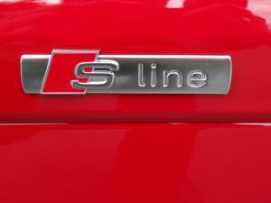 Audi Sline S line emblem (Original) passar alla Audi