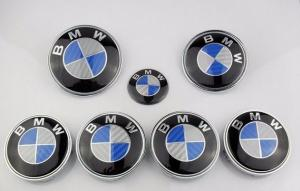 BMW blå carbon kolfiber look emblem till bilen. Set 7 st