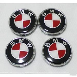 BMW centrumkåpor i röd vit färg 68 mm 4-pack