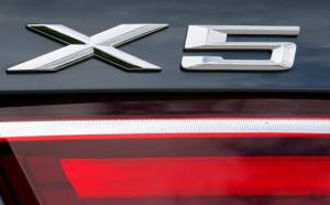 BMW X5 logo emblem till bagagelucka