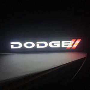Dodge logo emblem till grillen med LED belysning