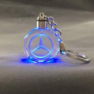 Mercedes LED kristall nyckelring med alla färger