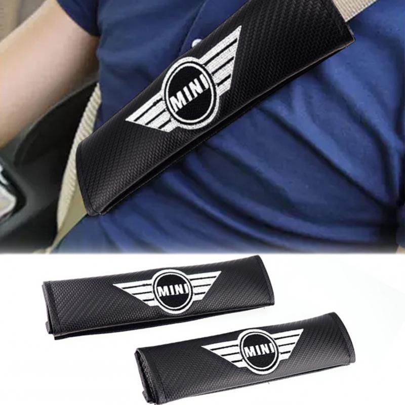 MINI logo bälteskuddar kudde i kolfiber