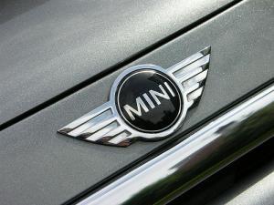 MINI märke emblem till bagagelucka motorhuv