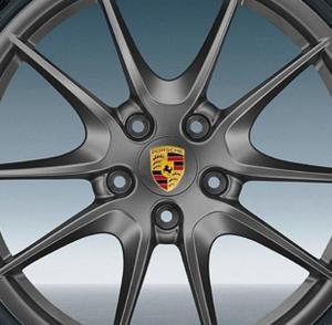 Porsche centrumkåpor gråa till fälgarna 65, 75 mm