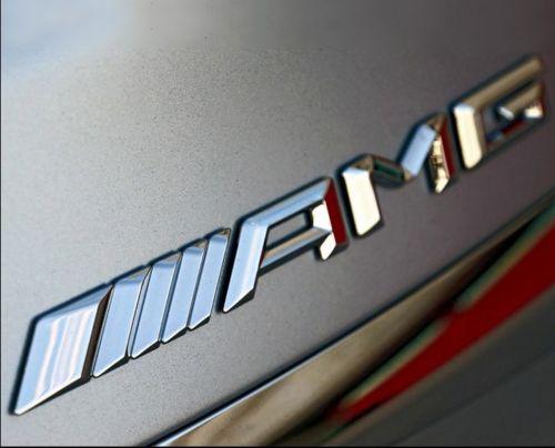 Senaste Mercedes AMG emblem till bilen