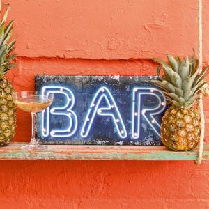 Party Illuminations Wooden Bar Light