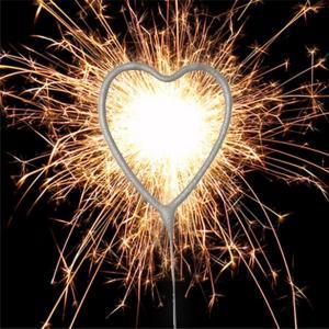 Silver Heart Sparkler - hjärtformat tomtebloss