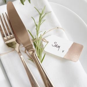 Rose Gold Luggage Place Card Tags - Beautiful Botanics