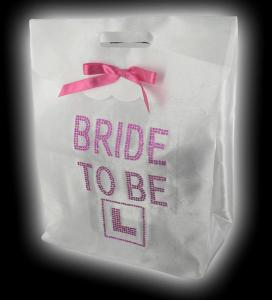 White Bride To Be Gift Bag - presentpåse till blivande bruden