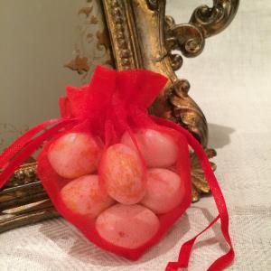 Red Heart Organza Gift Bags - röda hjärtformade organzapåsar
