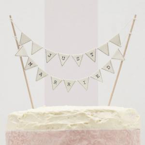 Just Married Cake Bunting Ivory - Vintage Lace