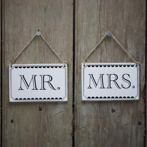 Mr & Mrs Signs - Vintage Affair