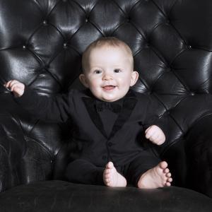 The Velvet Tuxedo Black