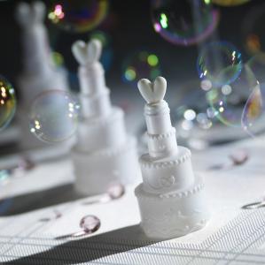 Wedding Cakes Bubbles White