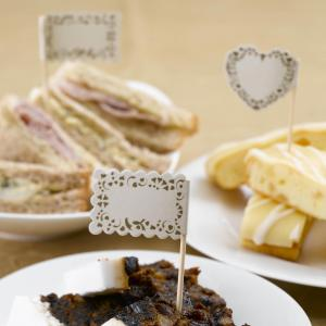 Food Flags - Vintage Romance Ivory & Gold