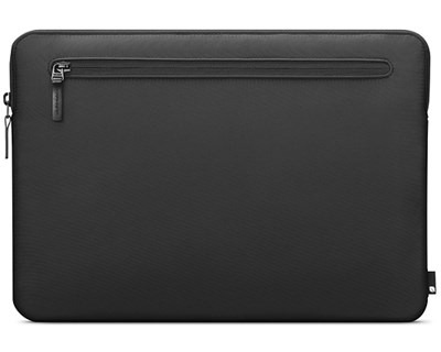 Incase Compact Sleeve in Flight Nylon för MacBook Pro 15/16 - Black
