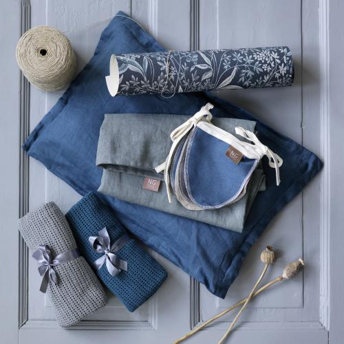 Bunting | Blue & petrol | Mood
