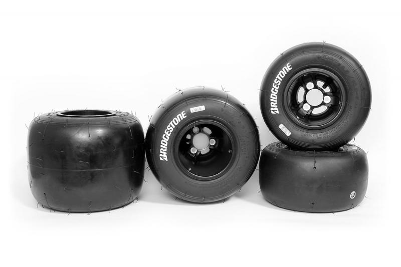 Bridgestone YPB Komplett set