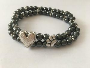 Armband tass o hjärta 🐾 Hematitpärlor