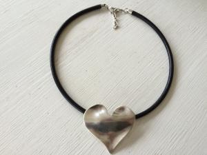 halsband läder 999-hjärta