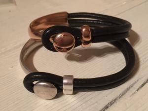 armband läder/metall-knapp