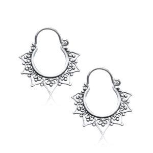 Silverpläterade örhängen