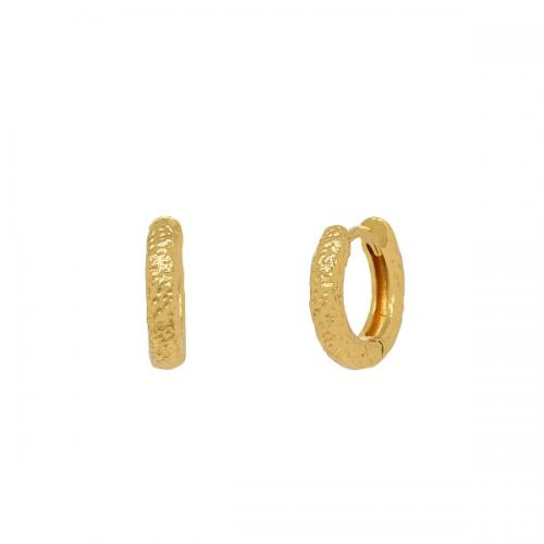 Huggie örhängen - 18k - guldpläterade ringar med hamrad yta