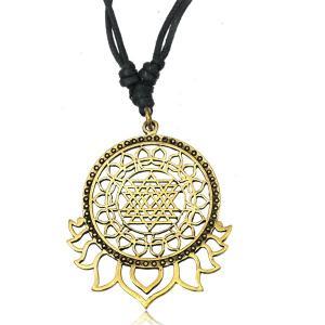 Halsband, Geometric Lotus