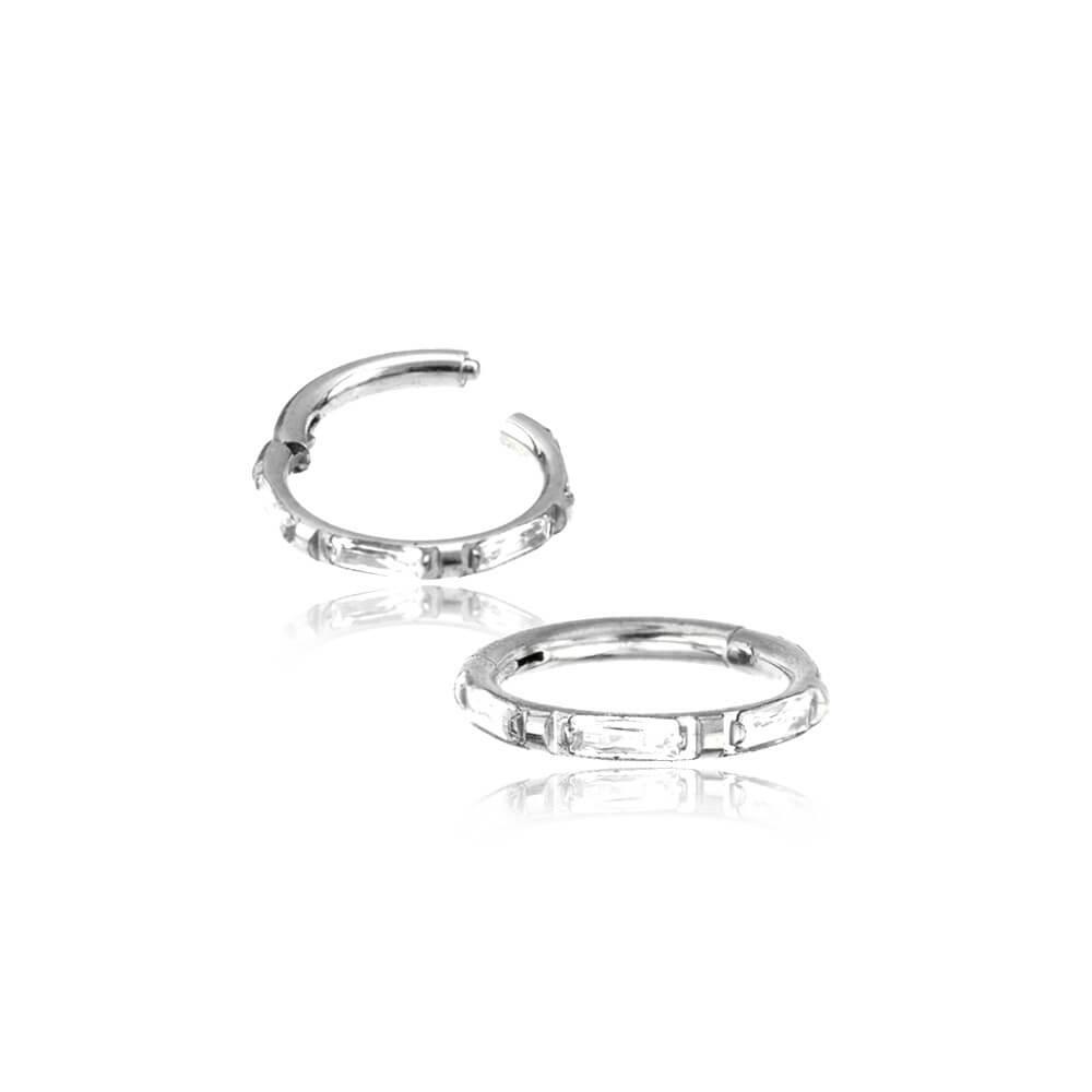 Ring till piercing - Silvrigt kirurgiskt stål med Vita Kristaller