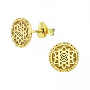 Guldiga stiftörhängen med mönster av en mandala.