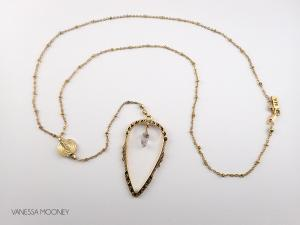 The Vega Diamond and Arrowhead Necklace, Guld