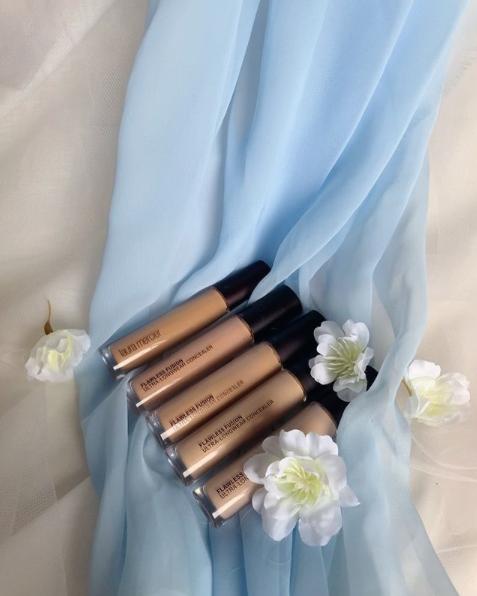 Upptäck Laura Merciers senaste concealer: Flawless Fusion Ultra-Longwear Concealer!