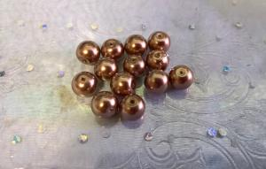 Glaspärlor (10 st)