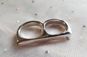 2 Finger ring (1st)