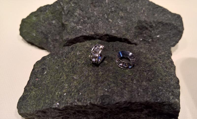 Kristallpärla (1 st)