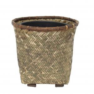 Bambukorg mellan