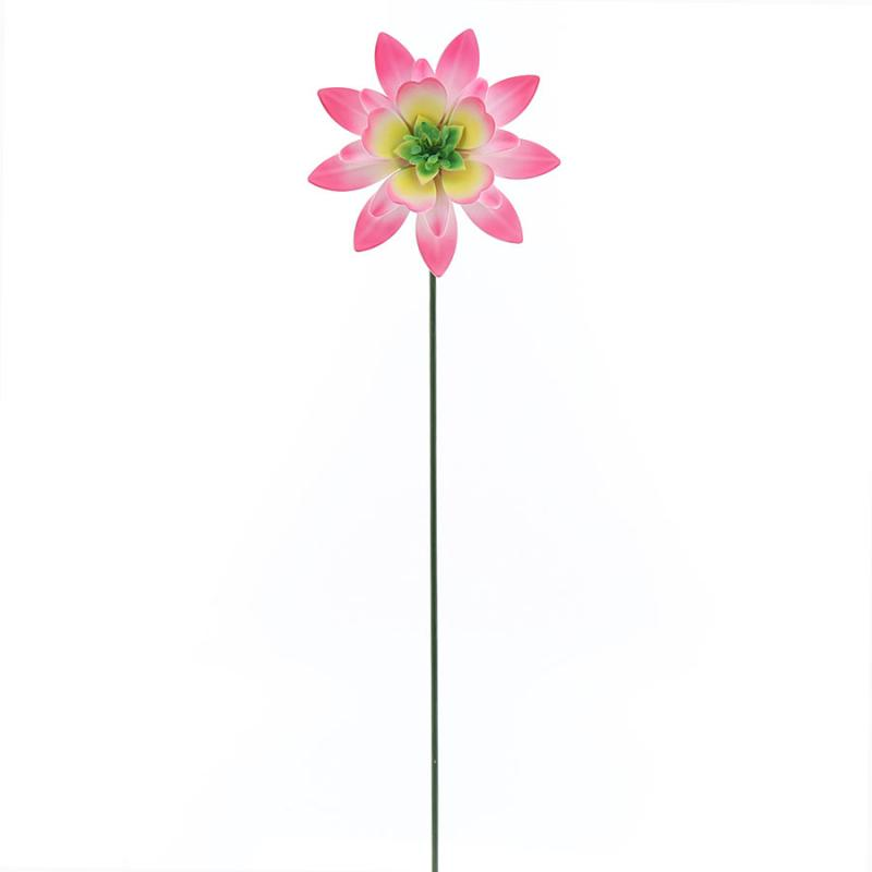 Lotusblomma på pinne i plåt rosa