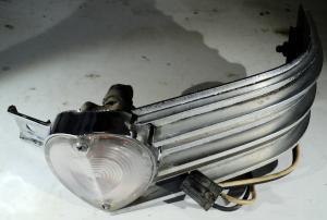 1963  Cadillac    krom med blinkerslampa        höger