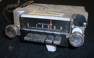 1967 Mercury Cougar radio