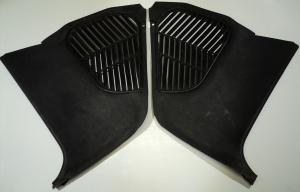 1968  Chrysler 300      kickpanel (par)