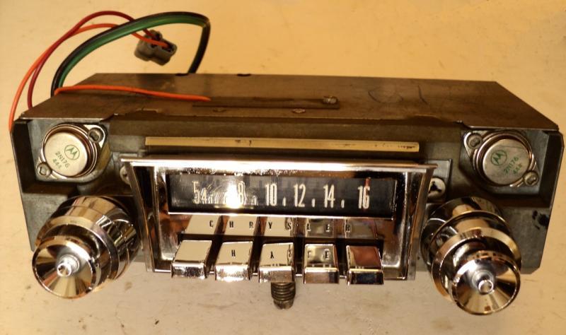 1965 Chrysler radio (ej testad)