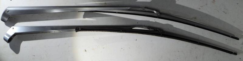 1963   Cadillac  torkararmar (par)