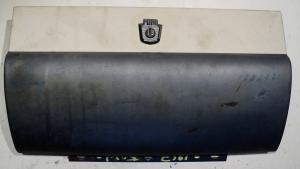 1957 Ford handskfackslucka