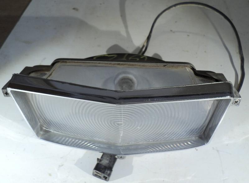 1962  Cadillac  blinkers lampa  höger (spricka i glas se bild)