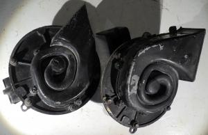1961   Cadillac    signalhorn  (par)